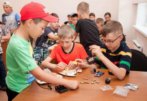 Робототехника для детей РосРобот 16